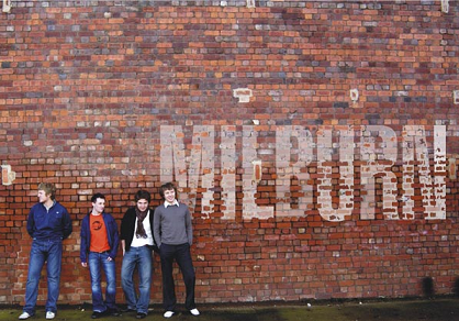 Milburn, Arctic Monkeys bedste venner