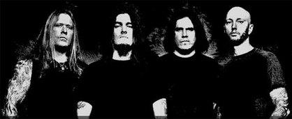 Machine Head guitarist besvimet på scenen
